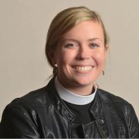 Rev. Lindy Bunch 200x200